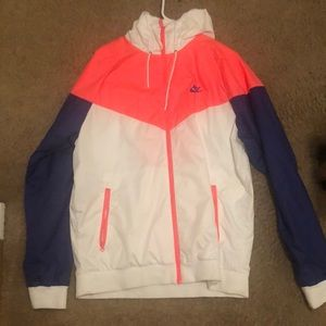 Nike Windbreaker white/blue/peach